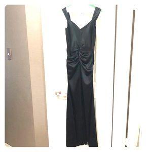 Black floor length 🍸cocktail 🥂dress